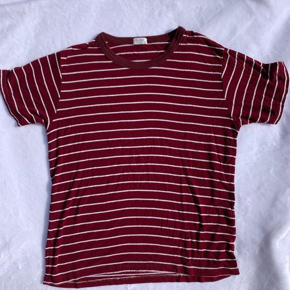 Brandy Melville burgundy stripped T-shirt